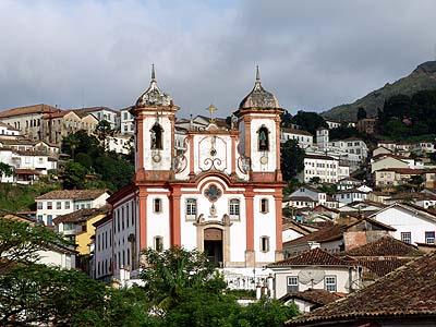O Interese dos Medía nas Cuestións do Patrimonio Mundial - Incendio en Ouro Preto asusta pero non deixa feridos